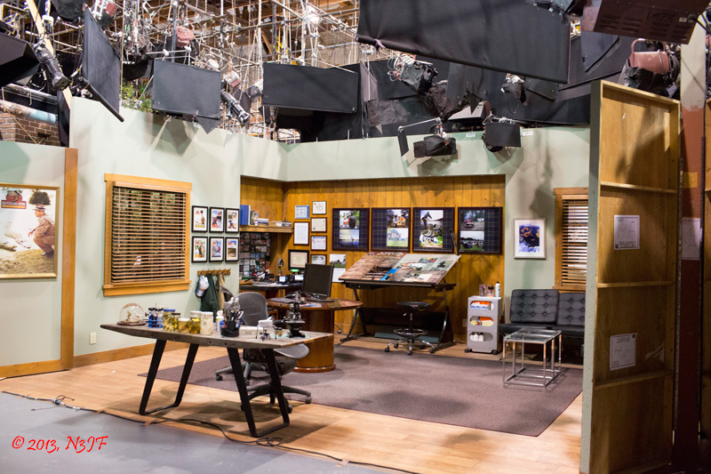 Behind the scenes shot of Mike Baxter's (Tim Allen) office set (Photo: N3JF)