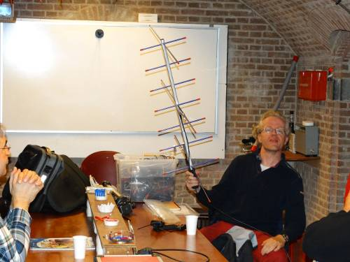 Demonstrating an amateur satellite antenna, picture by PA5ABW