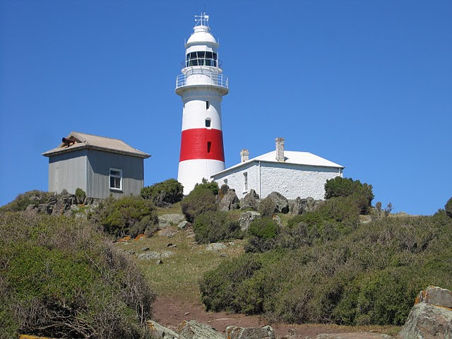 Low Head Light, Keeper's Cottage and Fog Horn Shed