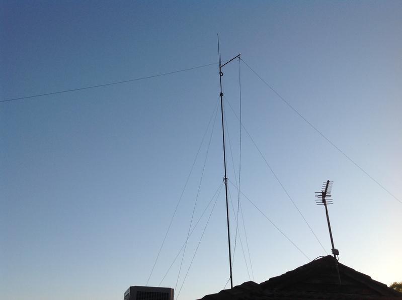 My HF-dipole 2x20 meter on open feeder