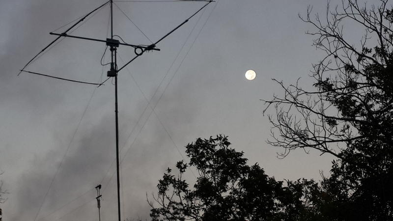 15M Moxon and the Moon