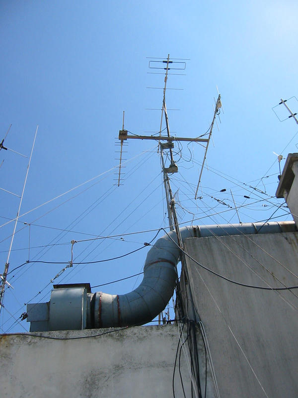 Antennas VHF and UHF 21 01 2016