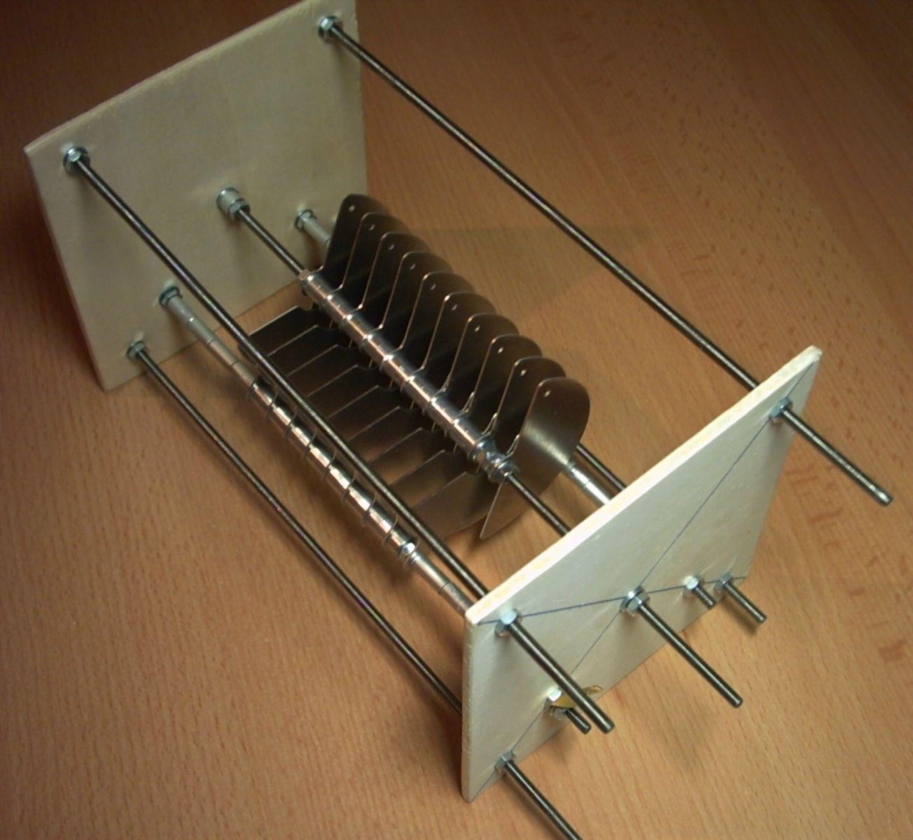 Selfmade: Variable Capacitor 8pF - 80pF