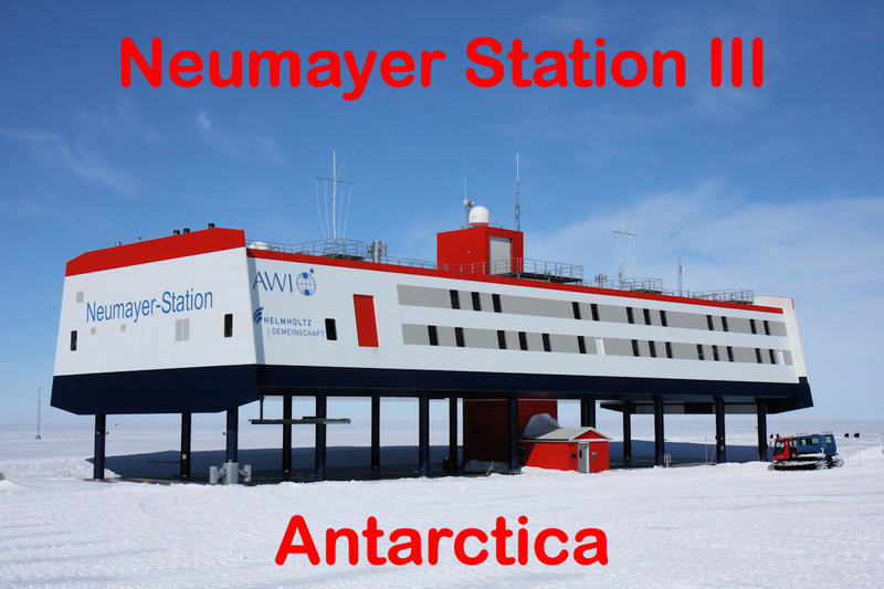 Neumayer Station III in December 2009
