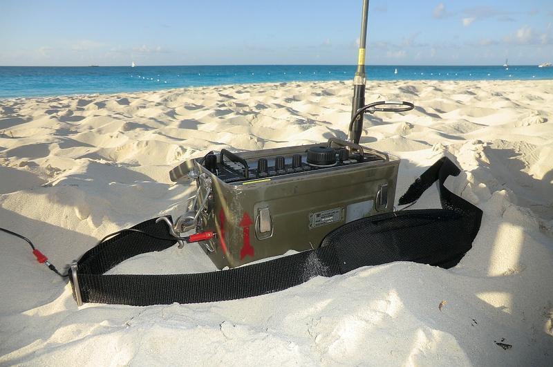 Elecraft KX3 at the beach. (Turks & Caicos isl Dec 2014)