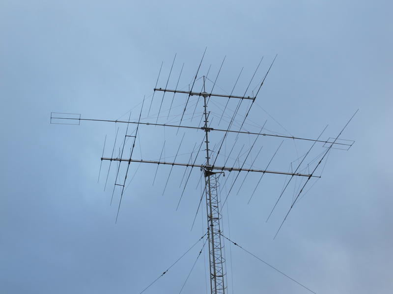 2015 all new antenna and rotator renewed after brake down in bad weather. Optibeam OB 17-4 @ 22 m, OB 1-80+ @24,5 m, Ob 9-3 WARC @ 27 m.