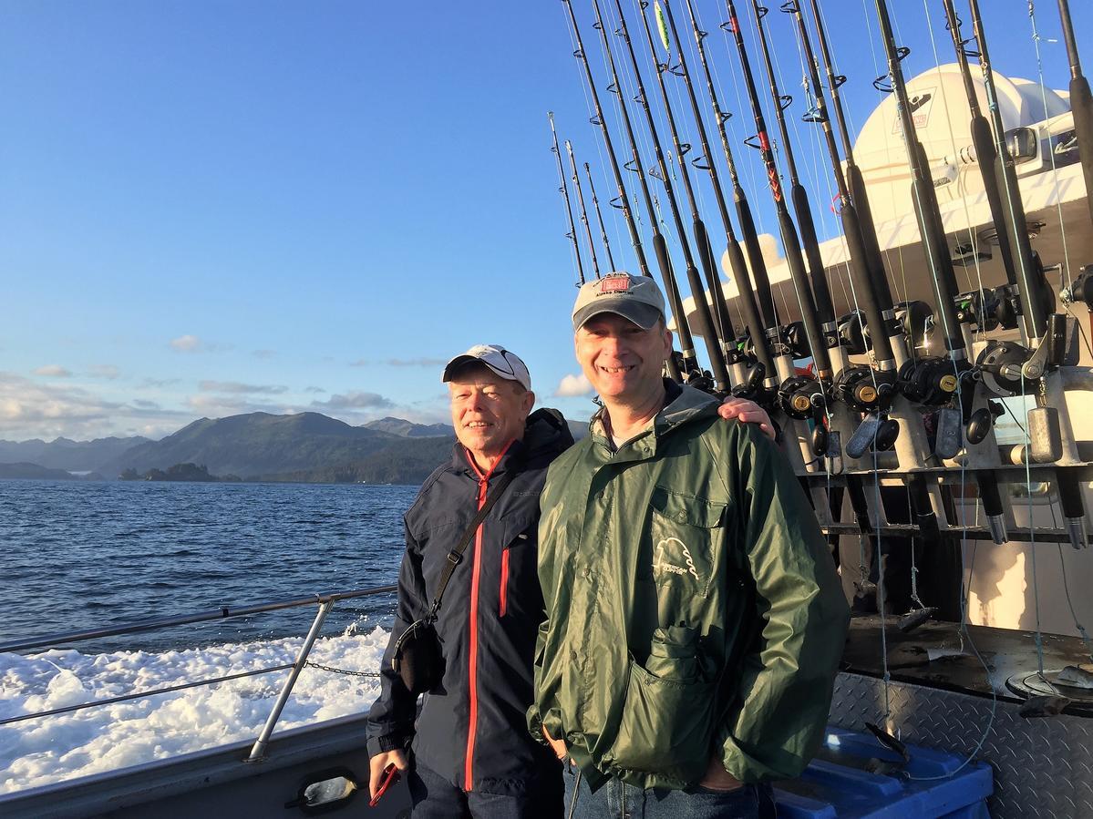 Kl7hrn callsign lookup qrz dxwatch dx cluster for Halibut fishing homer alaska