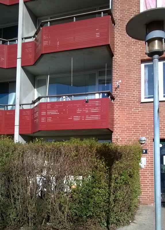 Balcony antenna ...