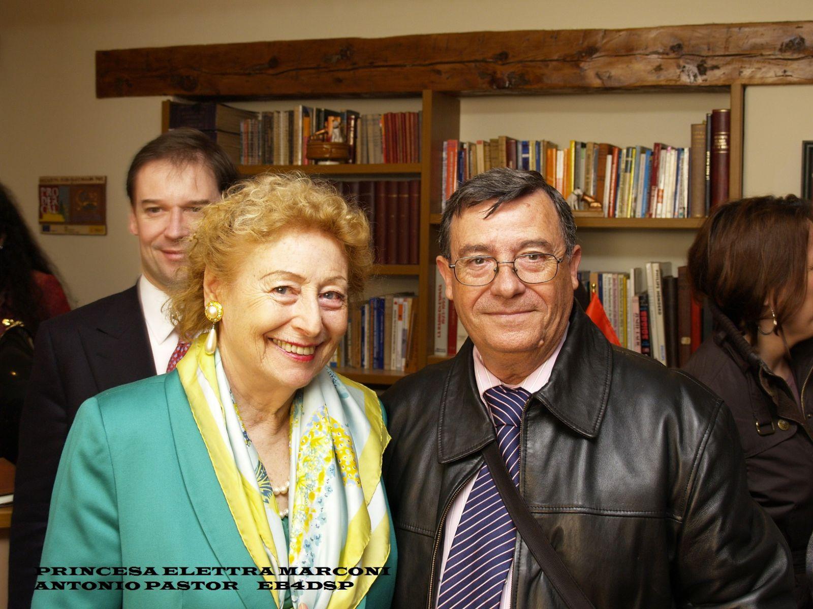 PRINCESA ELETTRA MARCONI Y ANTONIO PASTOR  EB4DSP