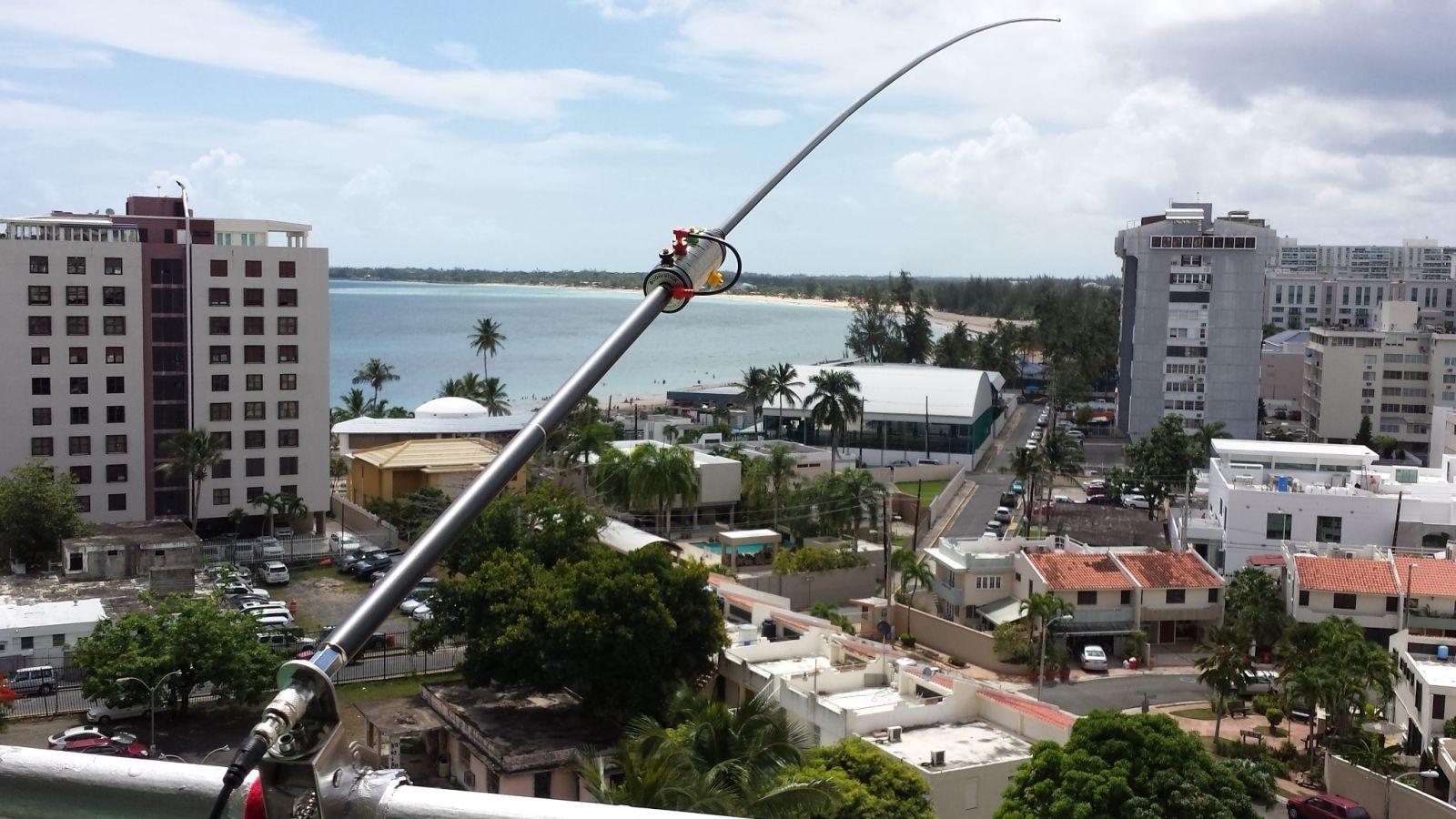 Balcony mounted Buddistick monopole antenna.  View northeast toward the Atlantic Ocean and Europe.