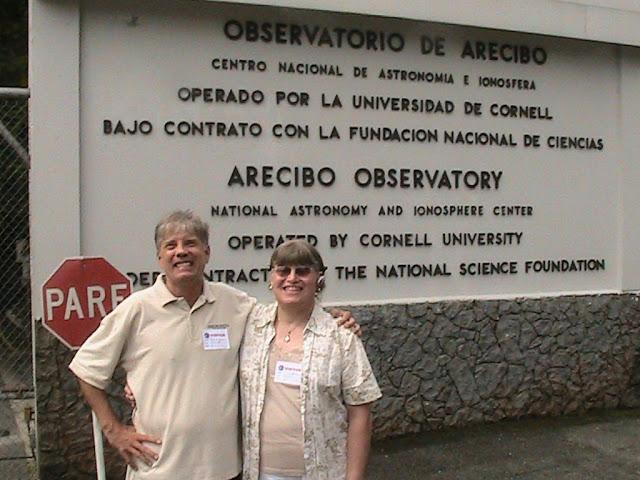 Bob Zimmerman NP4B with Carol KP4MD at the Arecibo Observatory 7 July 2011
