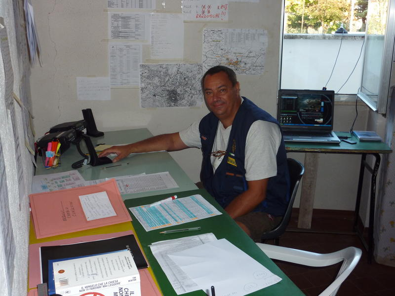 Earthquake L'Aquila 2009: in service at COM1