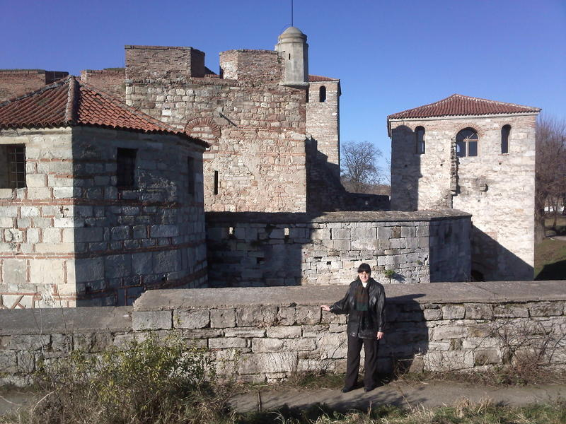 My wife Petya-LZ2VOQ in front of the Baba Vida Fortress-WCA LZ-00003