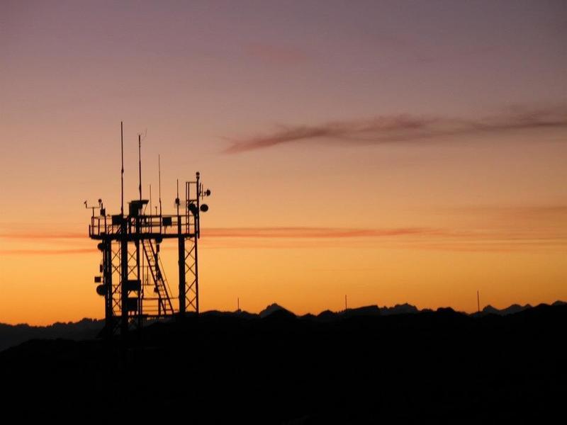 OE8XFK - Dobratsch im Sonnenuntergang