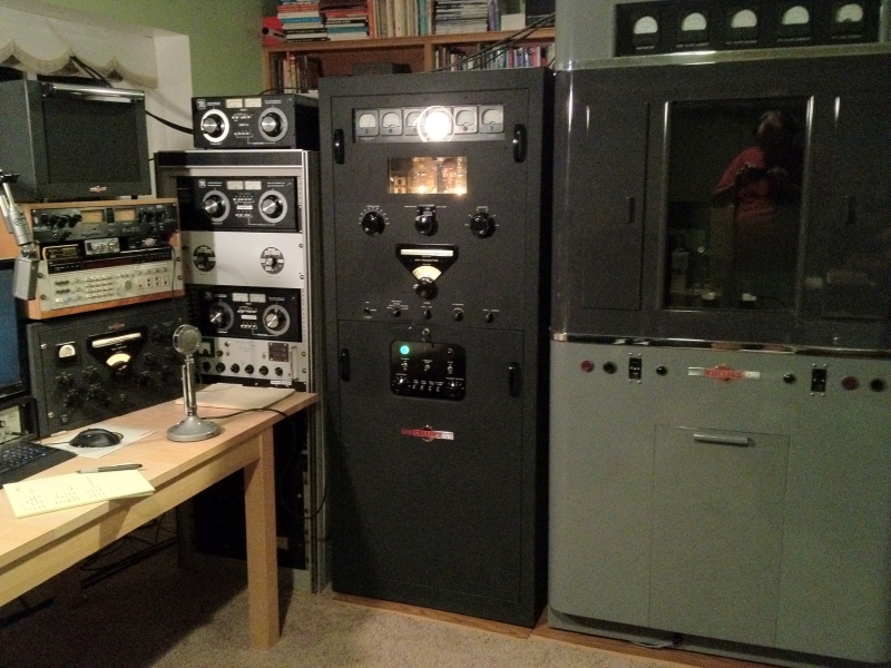 Collins KW-1 and 550A-1 transmitters