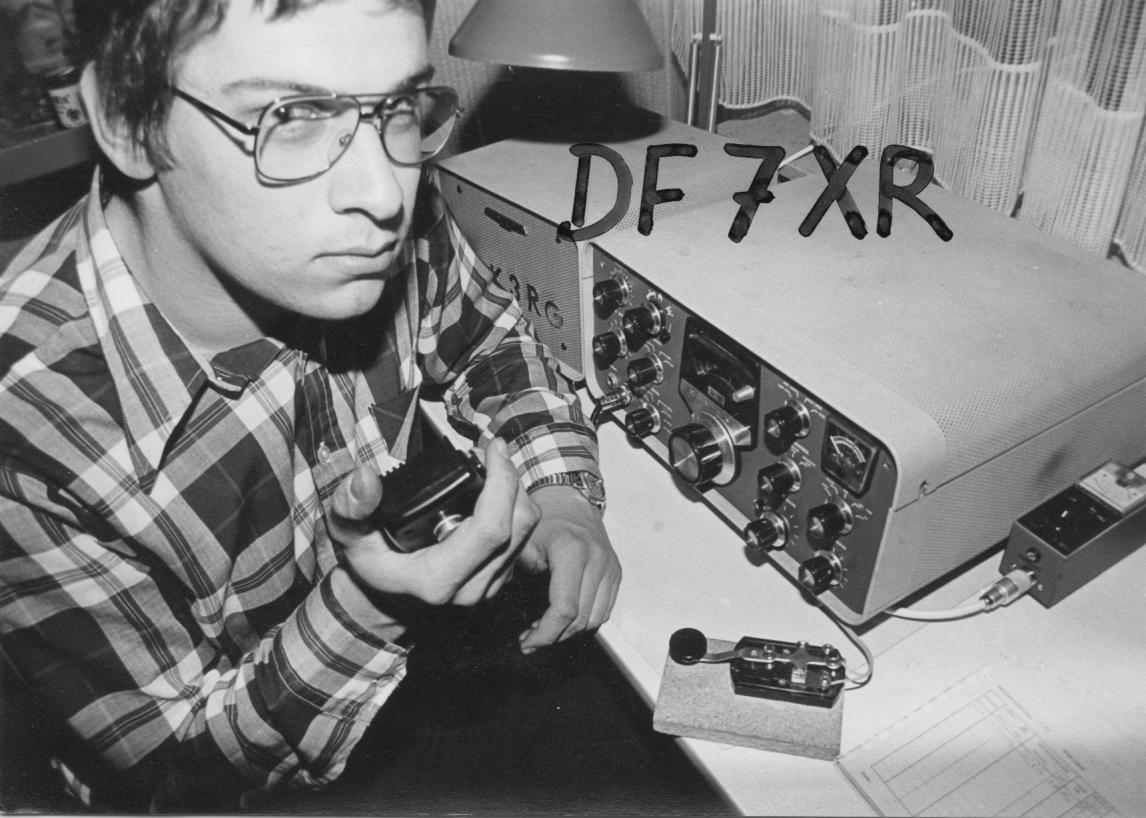 Me and my first rig (the great tube-trx Heathkit SB-101) in 1977