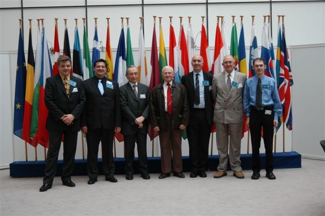 SV1HER (2nd from left) at European Parliamnet in Brussels during the Eurocom exhibition 2007
