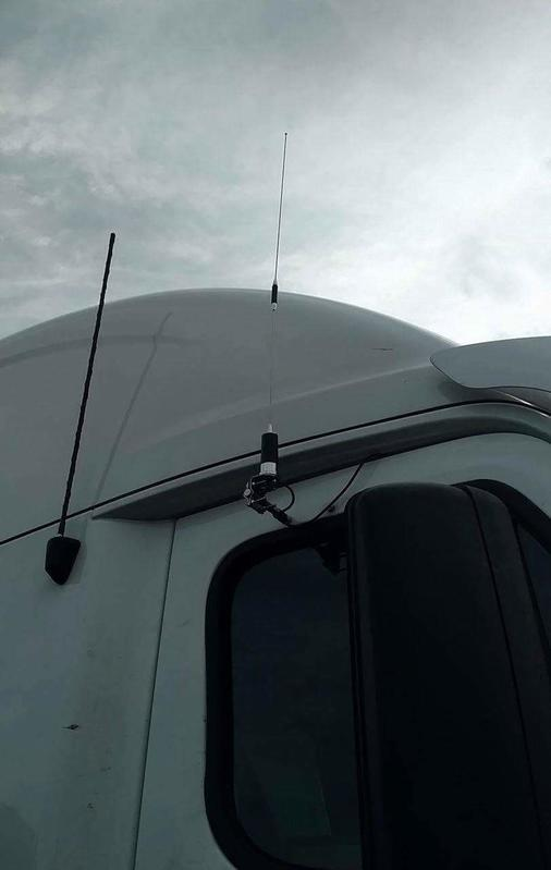 This is the antenna setup i run on the big tuck. Its a Browning Br-150 dual band antenna