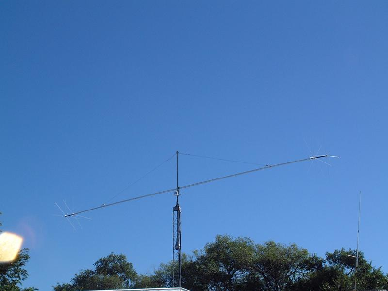 My Rotateable Dipole, an MFJ 1785. 80/40/20 mtrs.