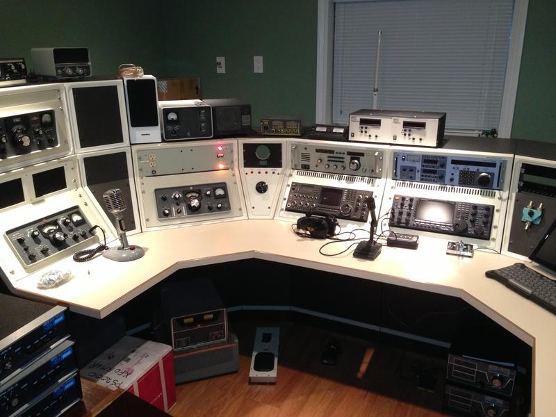 The main operating console with IC-781, IC-7800, and PW-1 in the back.
