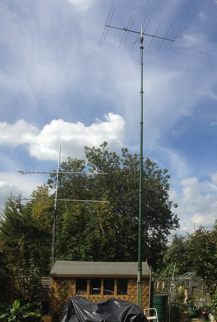 Dual masts. 6/4m dual band up on scam. 2m/70cm on Altron lowered