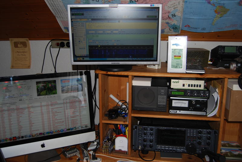 My station: ICOM 7800, micro Keyer II, iMAC with the famous MLDX