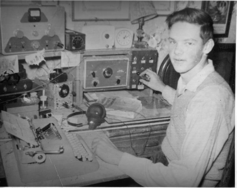 1958 - KN1HTV bedroom shack