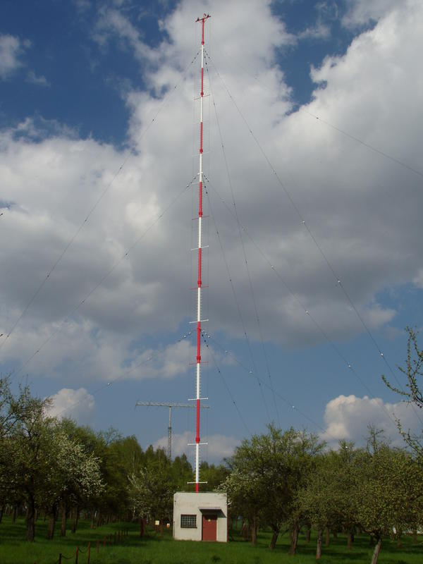 main antenna 60m broadcast vertical