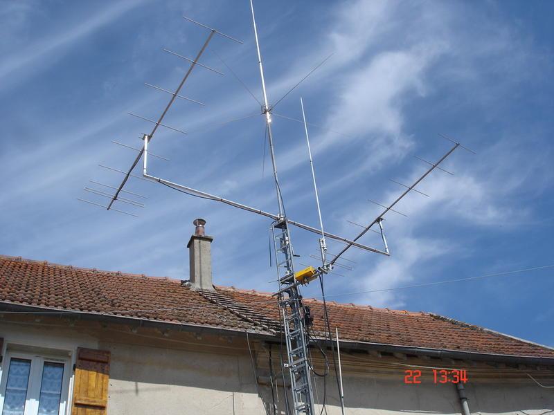 antennes en cours de montage