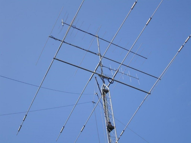 Check out my ANTENNAS!!