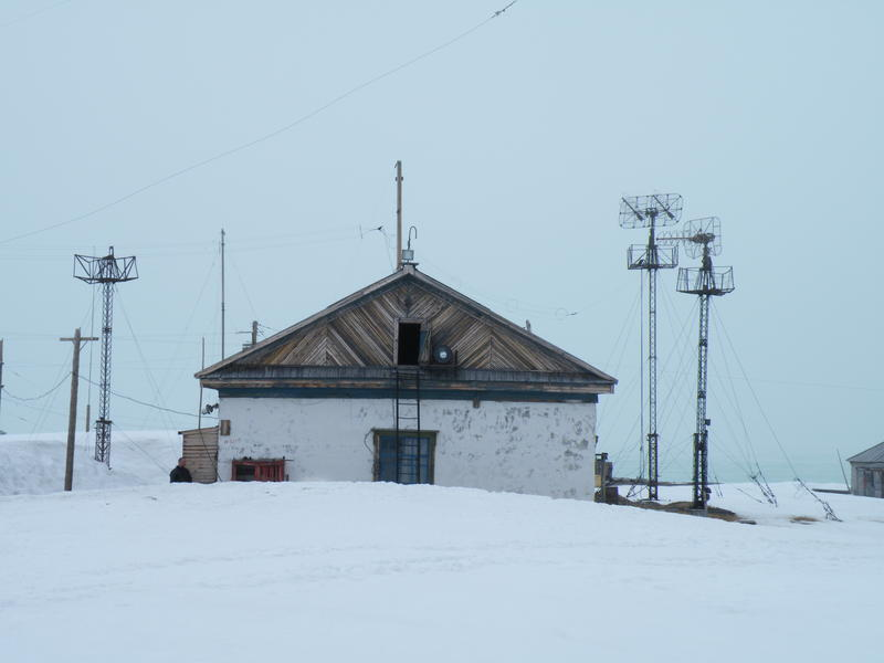 Tksi Weather Station with snow (ALBEE)