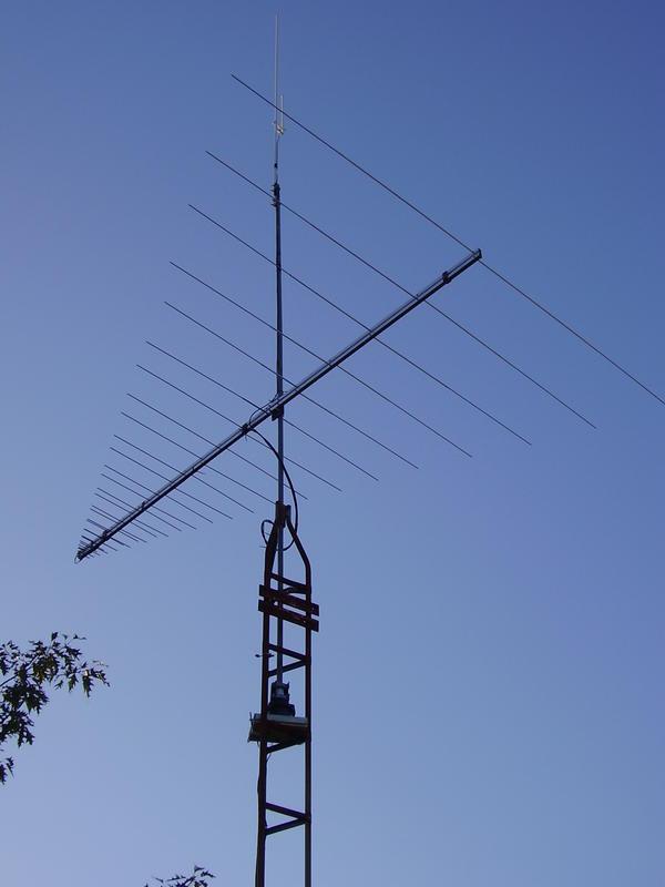 41-1300 MHz LPDA