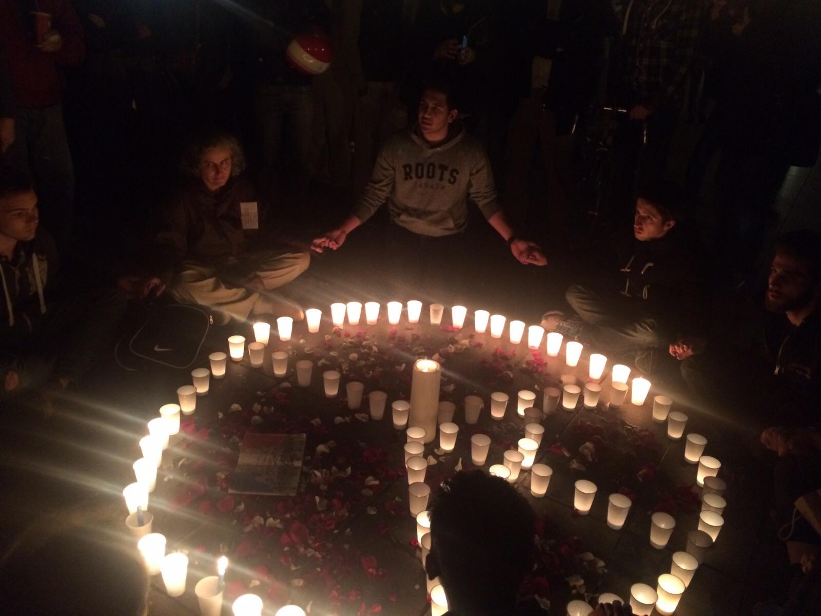 Homenaje-Victimas-Francia-RCN6