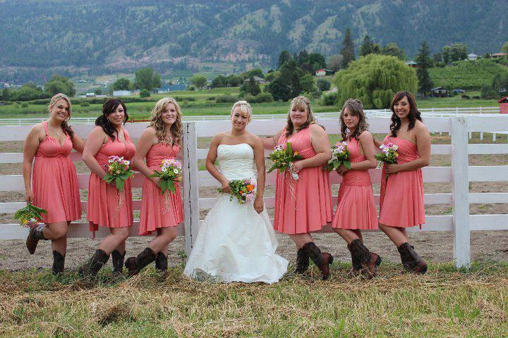 Bridesmaids In Cowboy Boots Henkaa