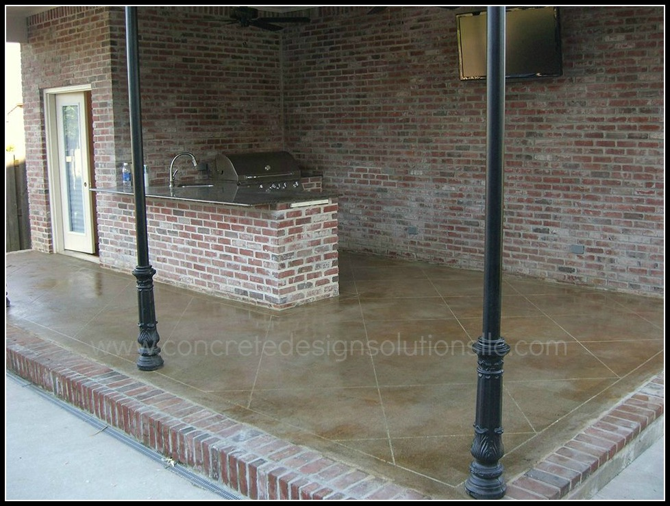 Why Is Decorative Concrete Better Than Ceramic Tile For Your Patio?