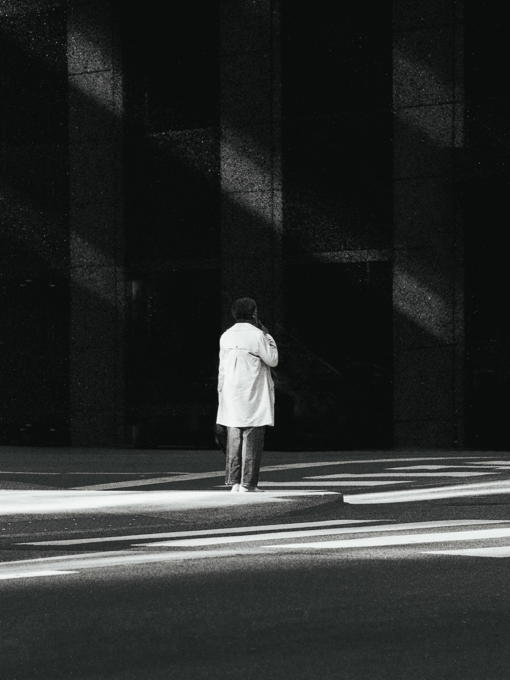 How To See Light : A Guide To Black & White Photography - Moment