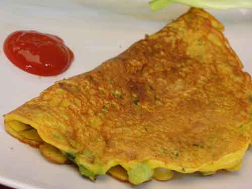 Besan Puda Savory Pancake With Spring Onions Showmethecurry Com