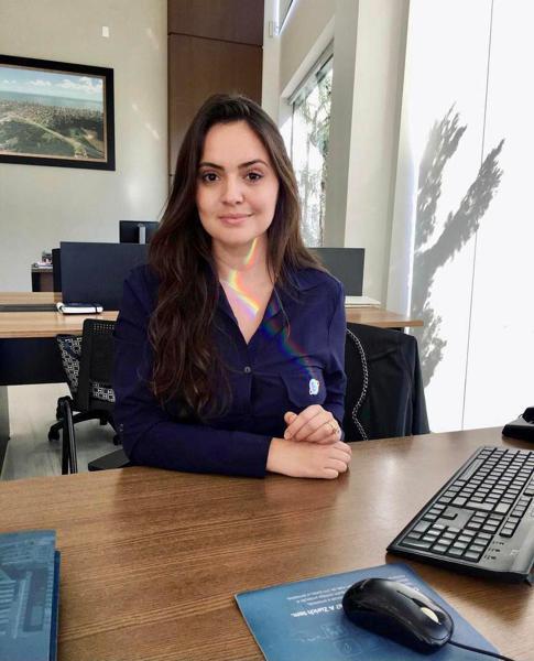 Evelyn Porfirio