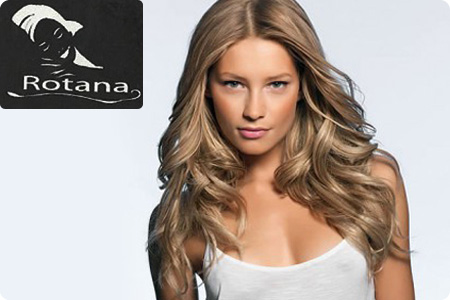 Cheveux chatain clair avec balayage blond