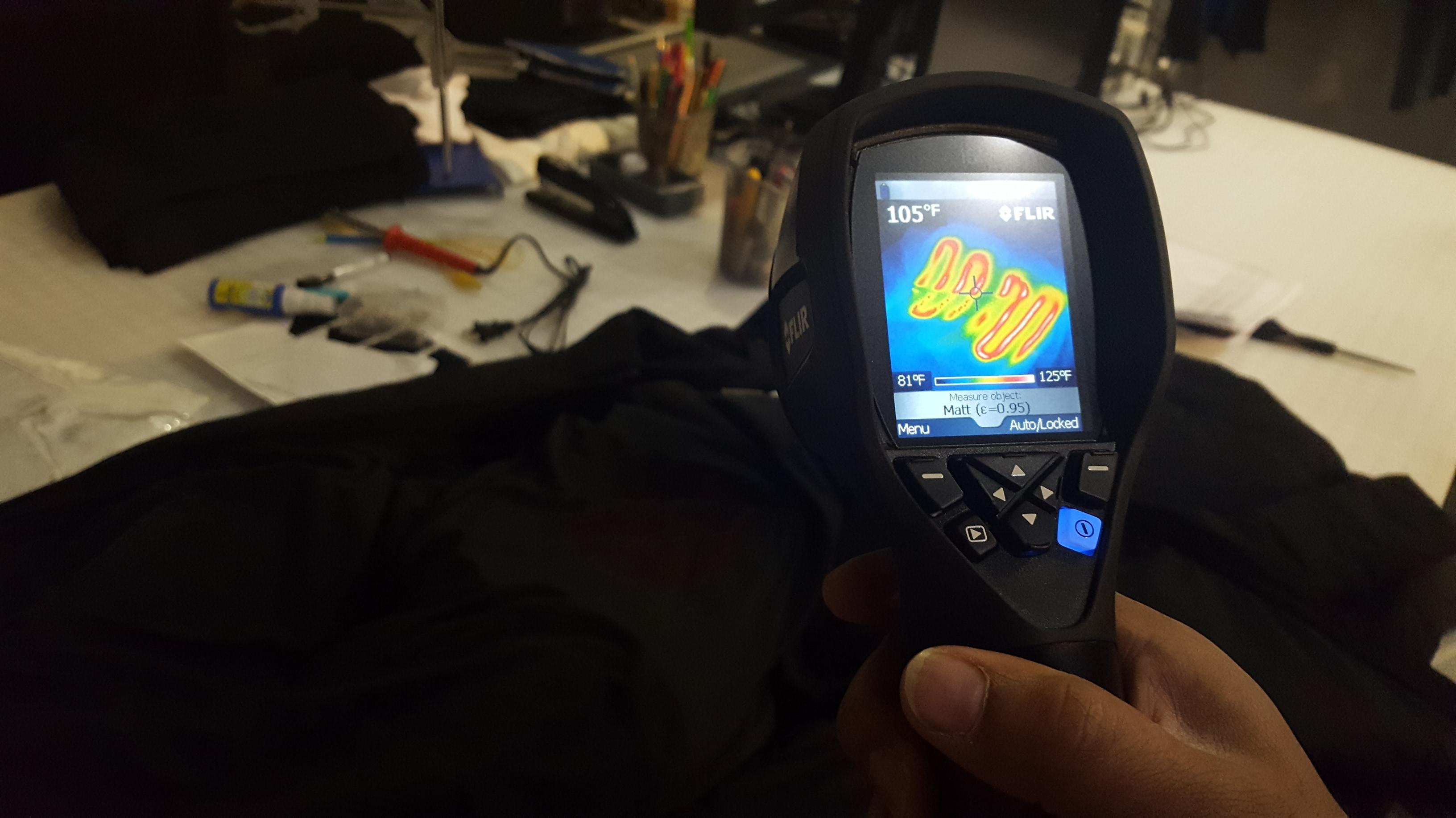 Una vista de cámara térmica del prototipo de la chaqueta Mercury.