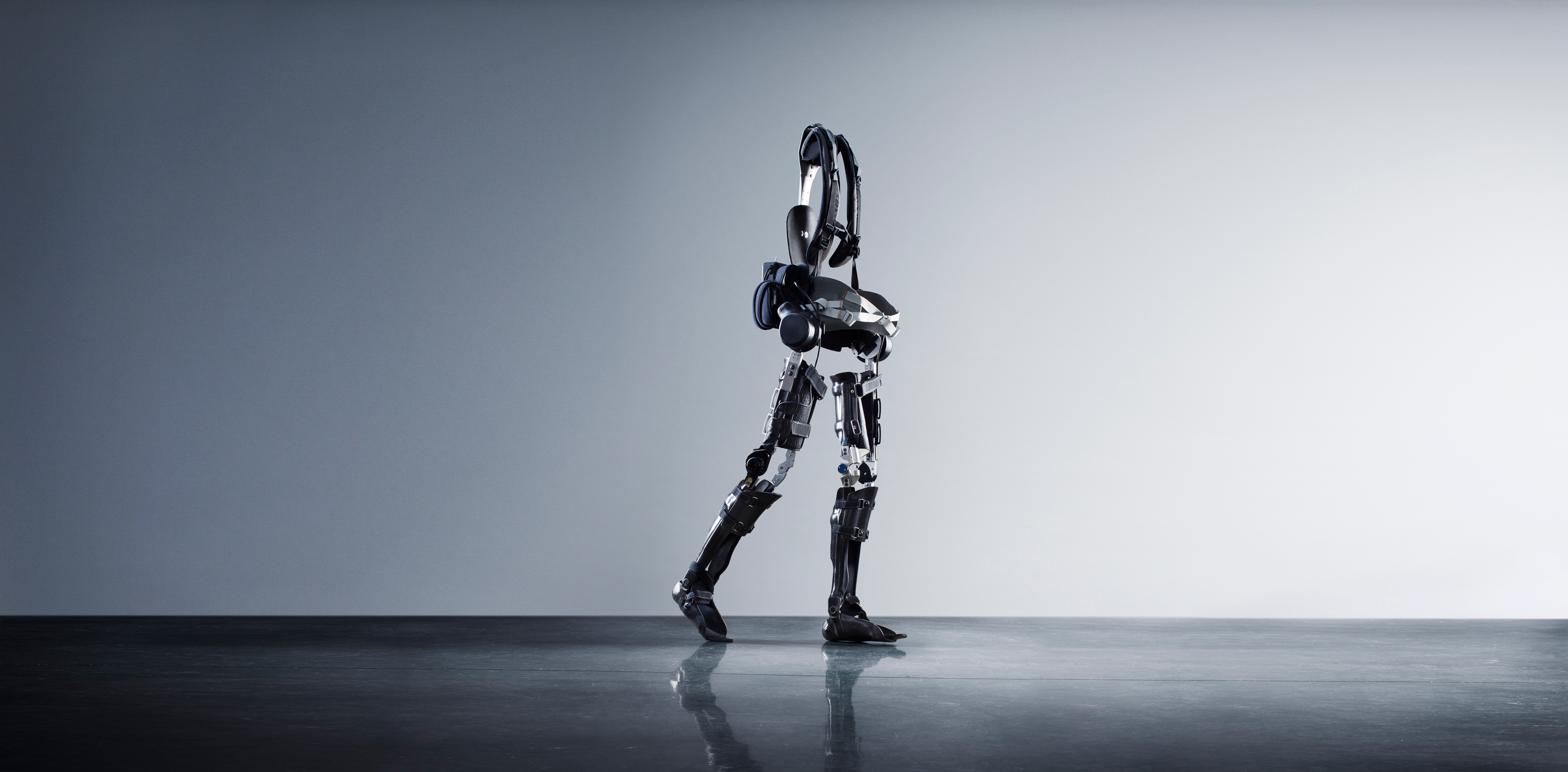 This $40,000 Robotic Exoskeleton Lets the Paralyzed Walk - MIT Technology Review