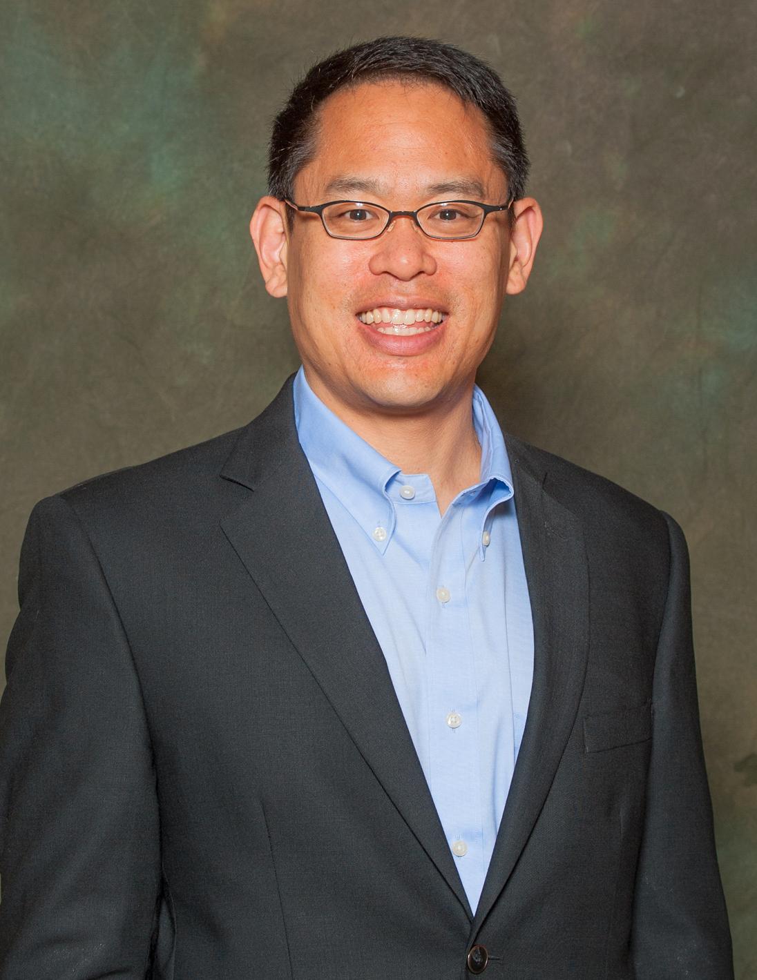 """El físico Stephen Hsu desarrolló un """"predictor"""" genético que utiliza el aprendizaje automático para estimar la altura, dentro de los tres centímetros, del ADN de una persona."""