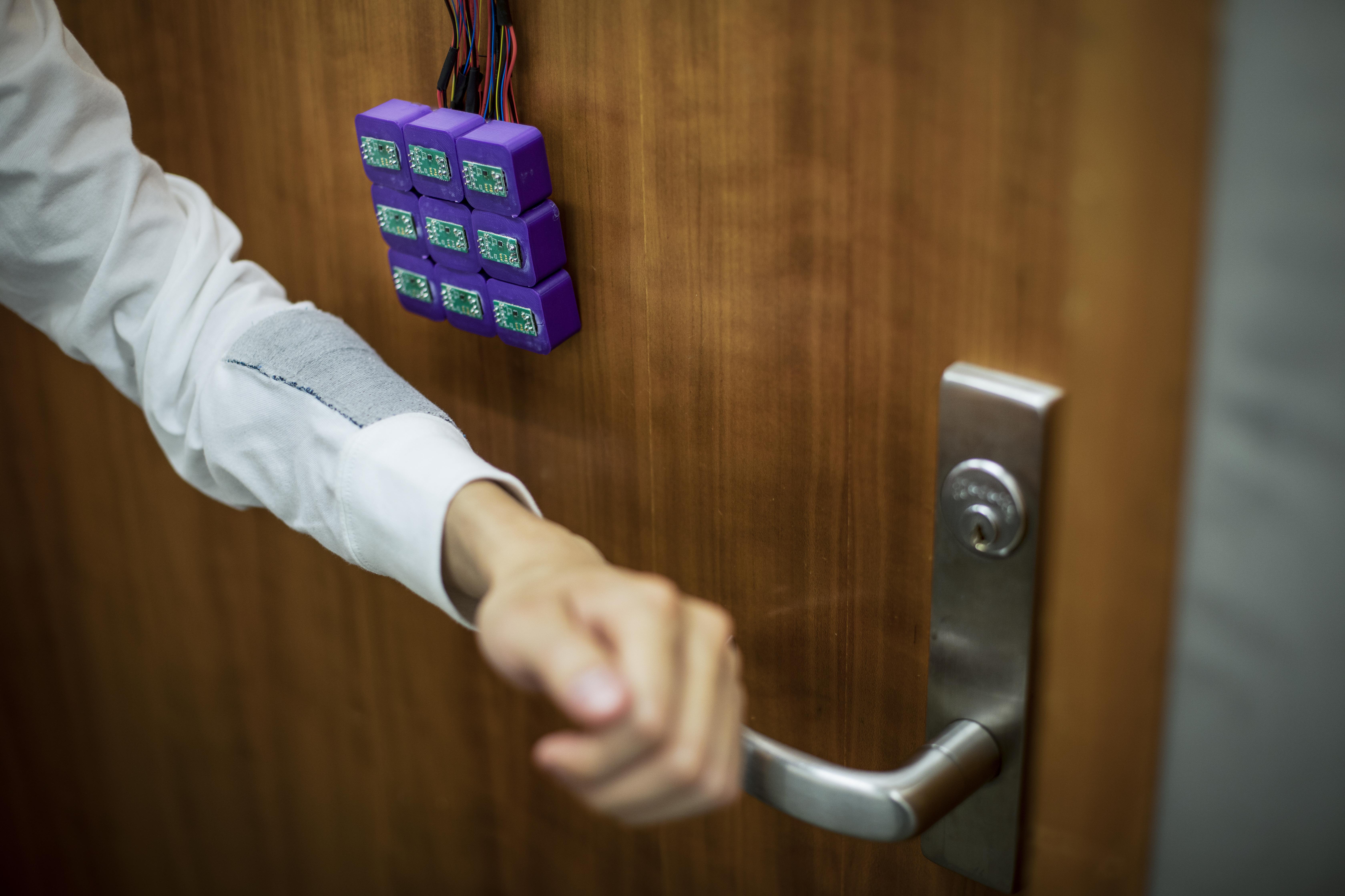 Los investigadores de la Universidad de Washington están almacenando trozos de datos en el hilo magnetizado que se pueden leer con un magnetómetro.