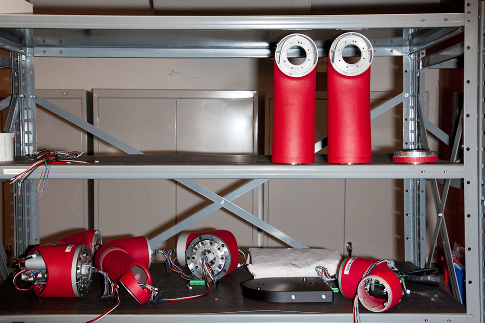 Rethinking the Manufacturing Robot - MIT Technology Review