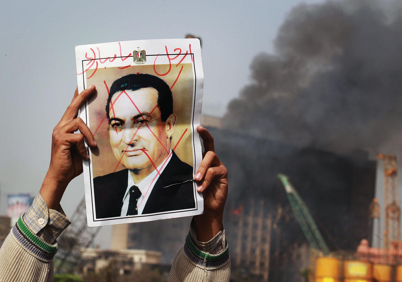 Los generales en Egipto aprendieron de los errores de Hosni Mubarak.