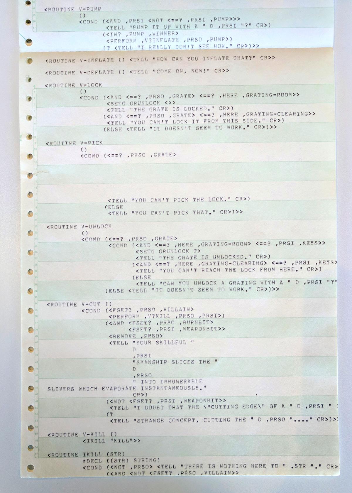 """Este fragmento de código, escrito en ZIL, es un ejemplo de la forma en que Zork manejaba los verbos que los jugadores escribían para impulsar el juego hacia adelante. Específicamente, muestra el código predeterminado que se puede activar cuando un jugador intenta desbloquear algo en el juego. Introducir """"Desbloquear"""" cuando se enfrenta con una reja bloqueada podría dar las respuestas """"La reja está desbloqueada"""" o """"No se puede llegar a la cerradura de aquí"""" o """"No parece funcionar"""", dependiendo de las posesiones del jugador y la ubicación ."""