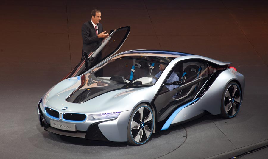 BMW I8 Top Speed >> A New Generation of Green Wheels - MIT Technology Review