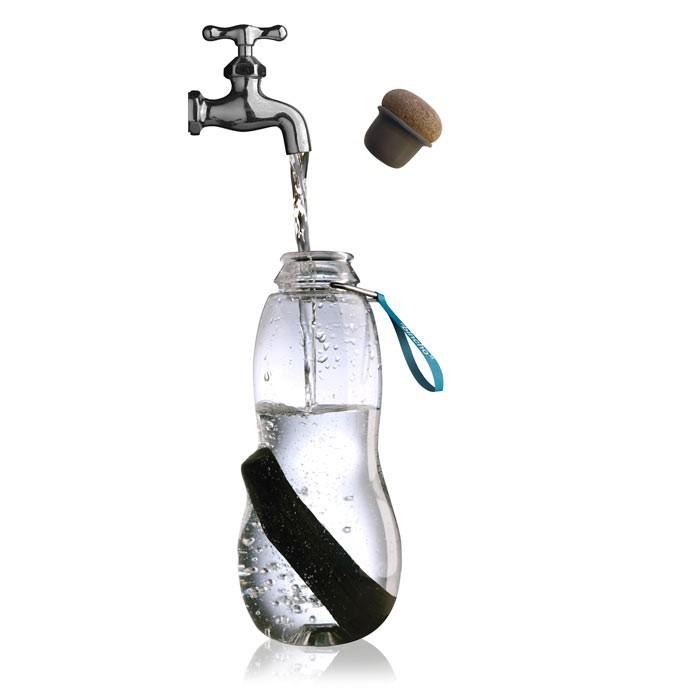 Bouteille eau good 0 8l et son charbon actif pour - L eau du robinet ou l eau en bouteille ...