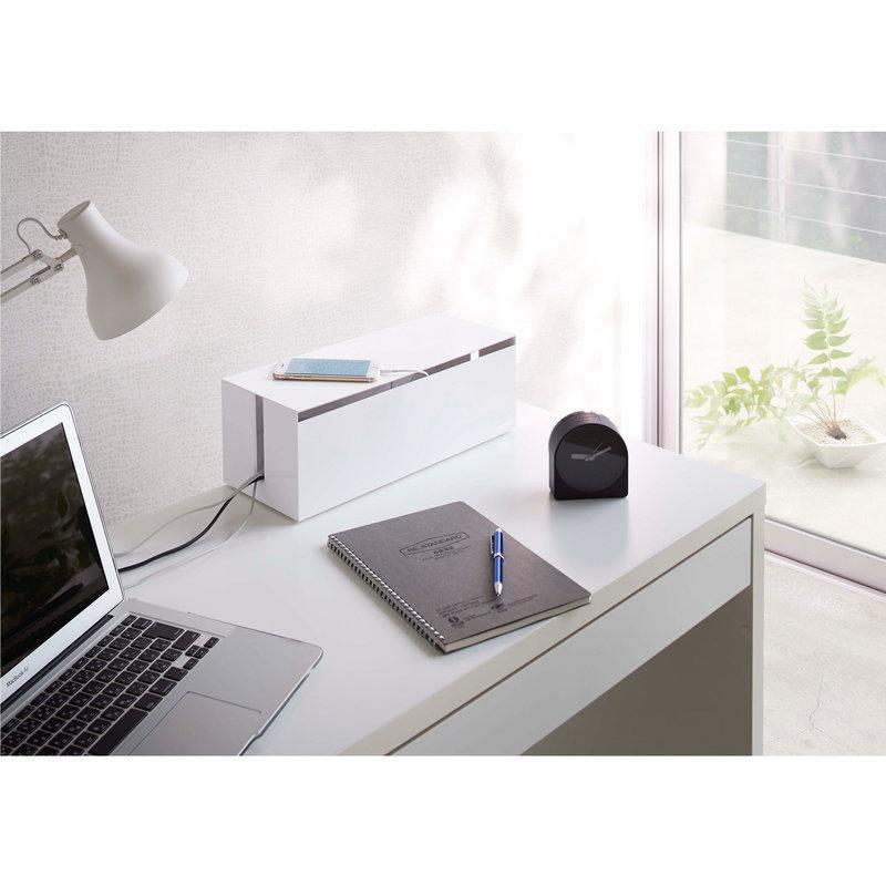 cacher cable le bureau cache c bles shoji cacher des fils. Black Bedroom Furniture Sets. Home Design Ideas