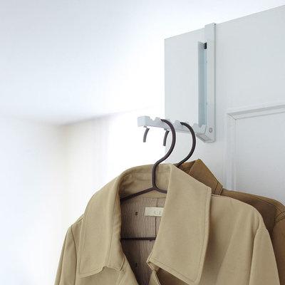 pat re de porte retractable yamazaki. Black Bedroom Furniture Sets. Home Design Ideas